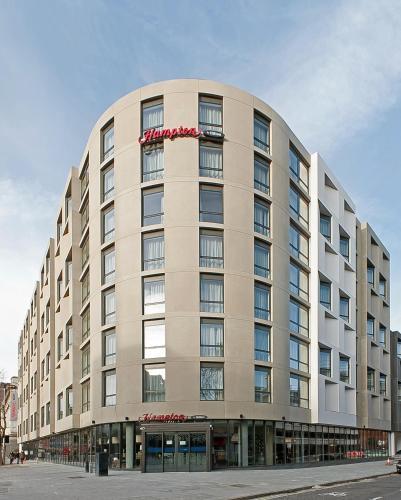 hampton by hilton waterloo hotel review waterloo london. Black Bedroom Furniture Sets. Home Design Ideas