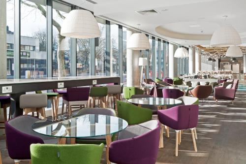 Hampton by Hilton London Waterloo in London