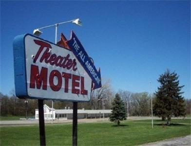 . Theater Motel