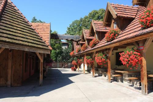 . Hotel Restauracja Pustelnik