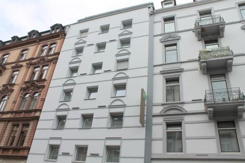 Ambassador Hotel impression