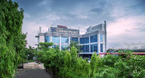 . Hotel Ganpati Palace