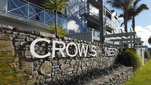 . Crow's Nest Apartments