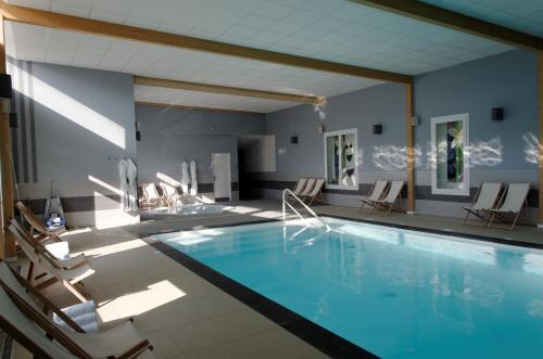 hotel regina spa h tel 40 rue de lhomel 62600 berck. Black Bedroom Furniture Sets. Home Design Ideas