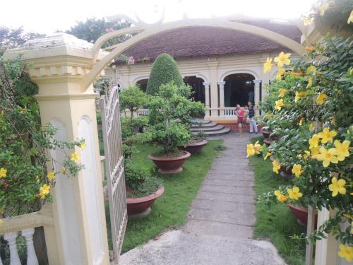 . Ba Duc Ancient House