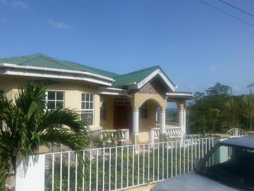Corosol Apartments, Roseau, Dominica