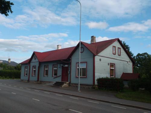 . Vana Postimaja Accommodation