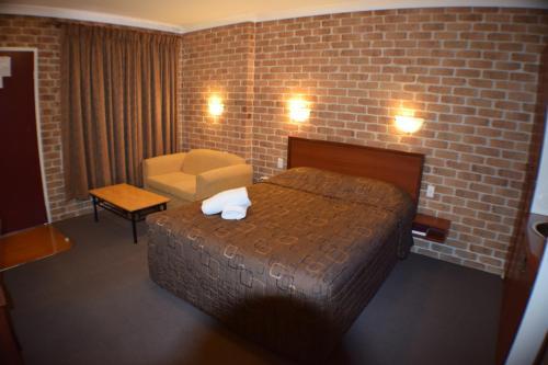 Фото отеля Acacia Motor Inn