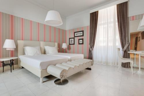 Grand Hotel Palace Rome - image 7