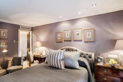 Milestone Hotel Kensington photo 53