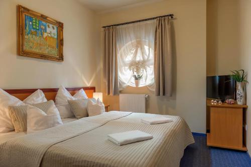 . P4W Hotel Residence Szombathely