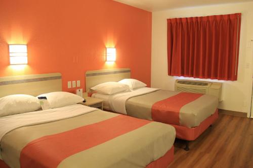 Motel 6-Enfield CT - Hartford - Enfield, CT CT 06024