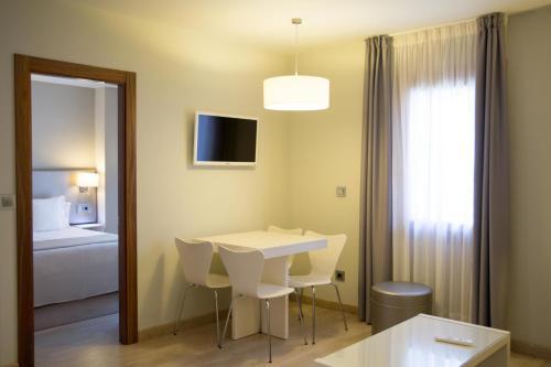 Two-Bedroom Apartment Tinas de Pechon 10