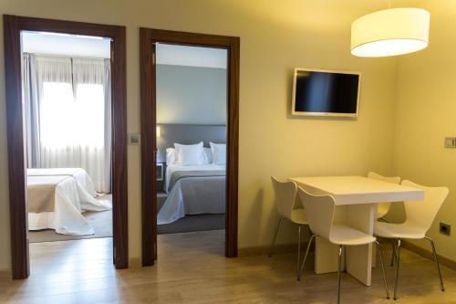 Two-Bedroom Apartment Tinas de Pechon 5