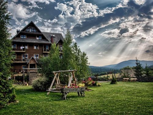 . Hotel Carpatia Bieszczadzki Gościniec