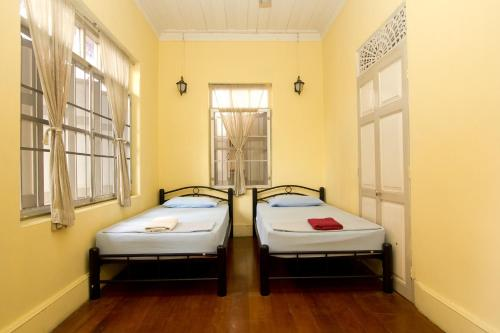 Charoendee Boutique Hostel photo 5