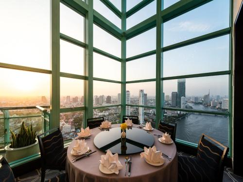 Chatrium Hotel Riverside Bangkok photo 12