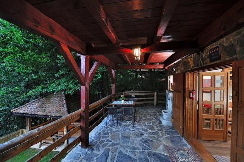 Apartment Drvena kuca Mreznica - Gornji Zvečaj