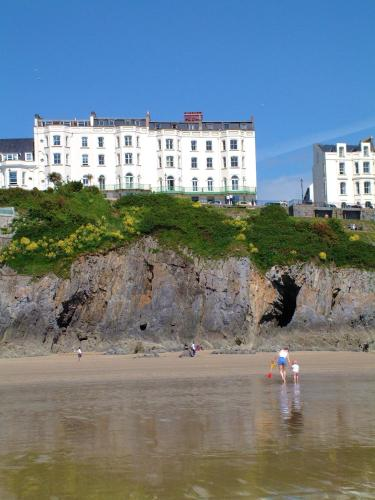 Clarence House Hotel - Tenby