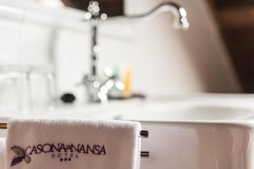 Suite Junior con bañera de hidromasaje Casona del Nansa 20