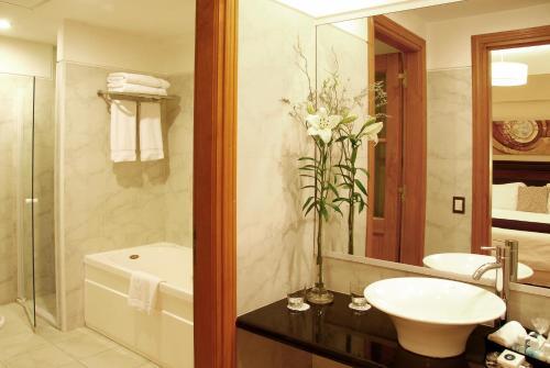 Alma Del Lago Suites&Spa - Hotel - San Carlos de Bariloche