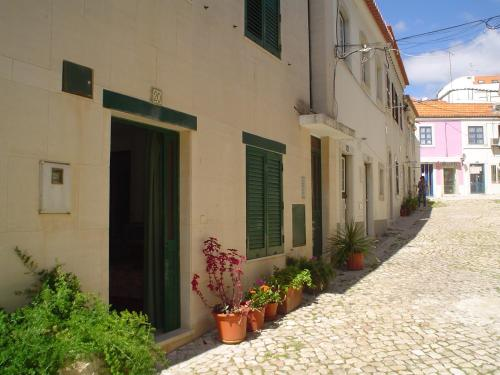 Casinhas de Alfenim, Pension in Sesimbra