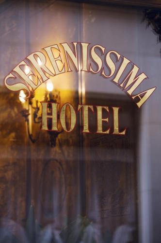 Hotel Serenissima in Venedig