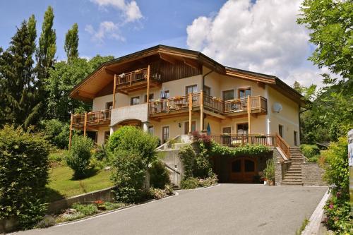 . Landhaus Mitsche
