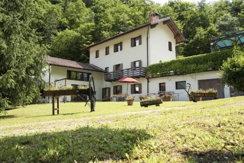 Agriturismo Maso Rocca - Apartment - Ala