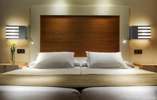 Premium Double Room (2 Adults) XQ El Palacete 17