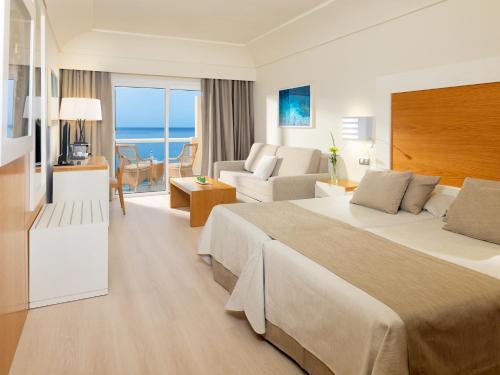 Habitación Doble Confort con vistas al mar XQ El Palacete 2