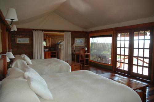 Mara West Camp