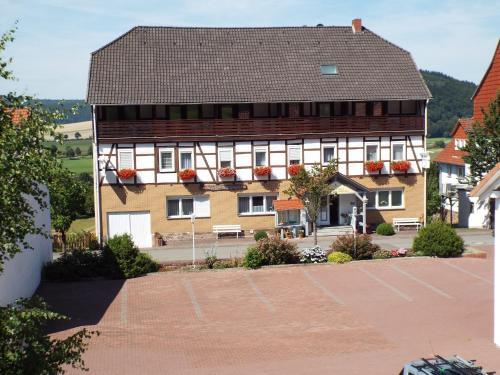 . Gasthaus Zum Reinhardswald