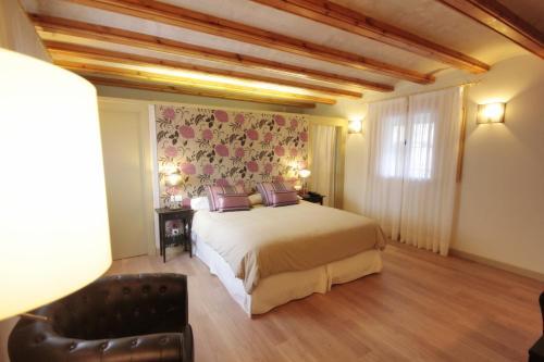 Superior Doppel- oder Zweibettzimmer mit Gartenblick Hotel El Convent 1613 56