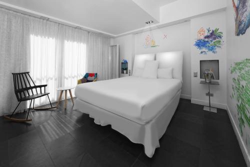 1K Hotel photo 5