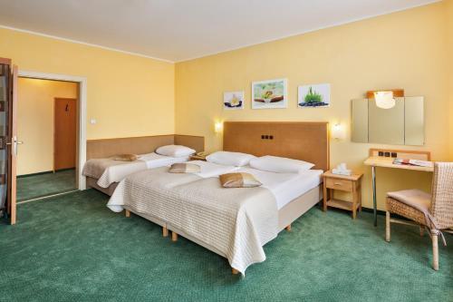 Hotel Zentral стая снимки