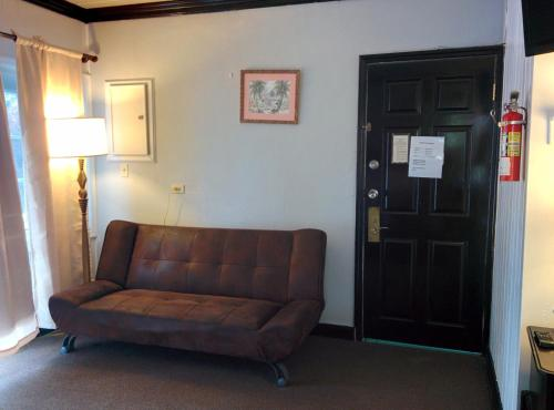 Coral Harbour Beach House & Villas room photos
