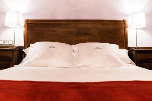 Habitación Doble Deluxe con bañera de hidromasaje - 1 o 2 camas Pazo da Pena Manzaneda 2