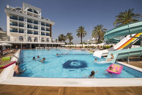 Side Palm World Side Resort & SPA fiyat