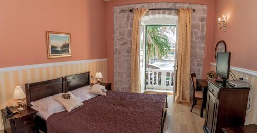 Trumbićev put 9, 20 210 Cavtat, Konavle, Dubrovnik, Croatia.