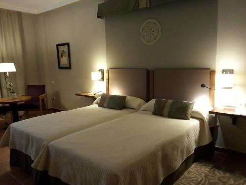 Romantisk pakke: Tomannsrom (Romantic Package - Twin Room)