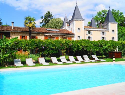 . Hotel Logis - Chateau de Beauregard