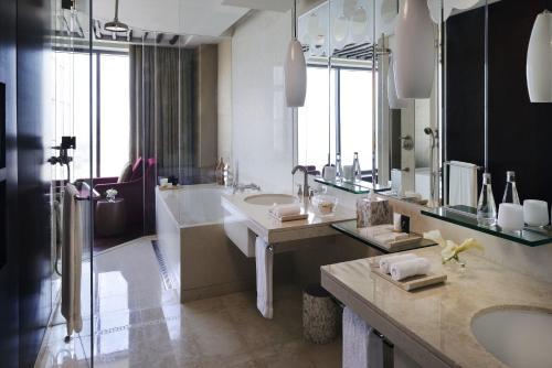The H Dubai photo 4