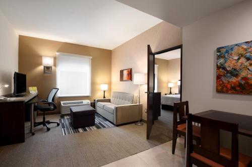 Homewood Suites By Hilton Querétaro, Jurica y Juriquilla