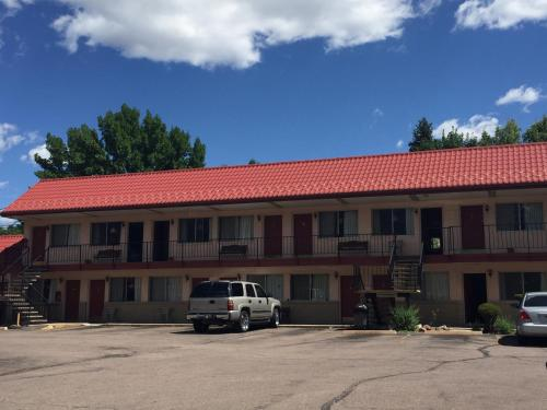 Garden Of The Gods Motel