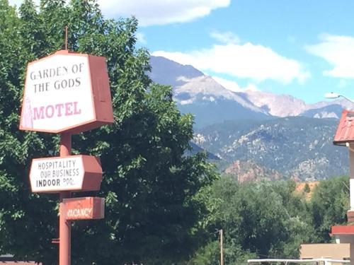 Фото отеля Garden of the Gods Motel