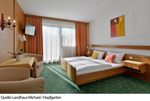 Фото отеля Landhaus Michael