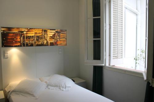 Raval Rooms photo 21