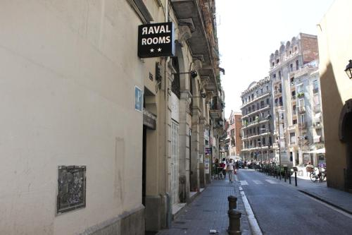 Raval Rooms photo 25