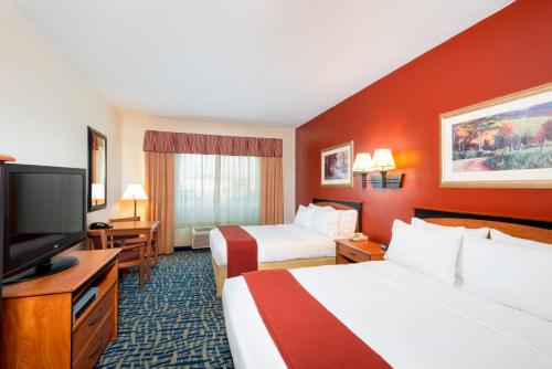 Holiday Inn Express Hotel & Suites Alamosa - Alamosa, CO 81101